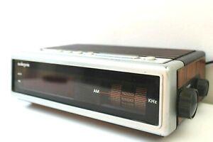 Digital-Electronic-Alarm-Clock-Vintage-Radio-AM-Audiosonic-Good-Condition
