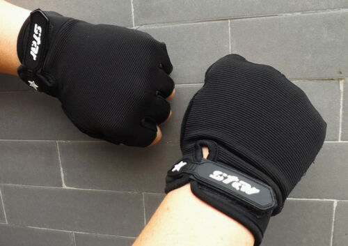 Winter Mens Antiskid Warm Knitted Cycling Gym Fitness Sports Half Finger Gloves