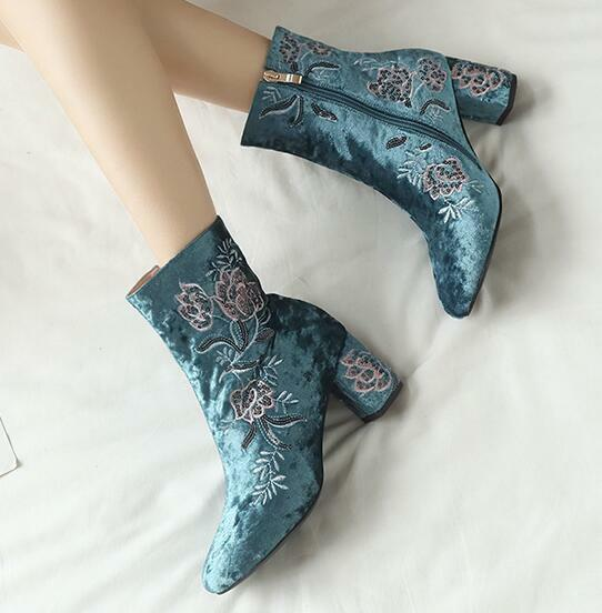 Womens Velvet Floral Embroidery Ankle Riding Riding Riding Boots Round Toe Zip Stilettos ad4ae7