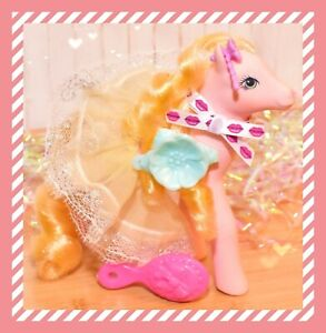 My-Little-Pony-G1-Sweetheart-Sister-Prom-Queen-Pretty-Belle-amp-Skirt-Barrette
