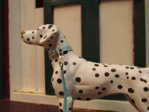 models fit Breyer Companion Animal Jaapi Aqua//Aqua Chevron dog collar