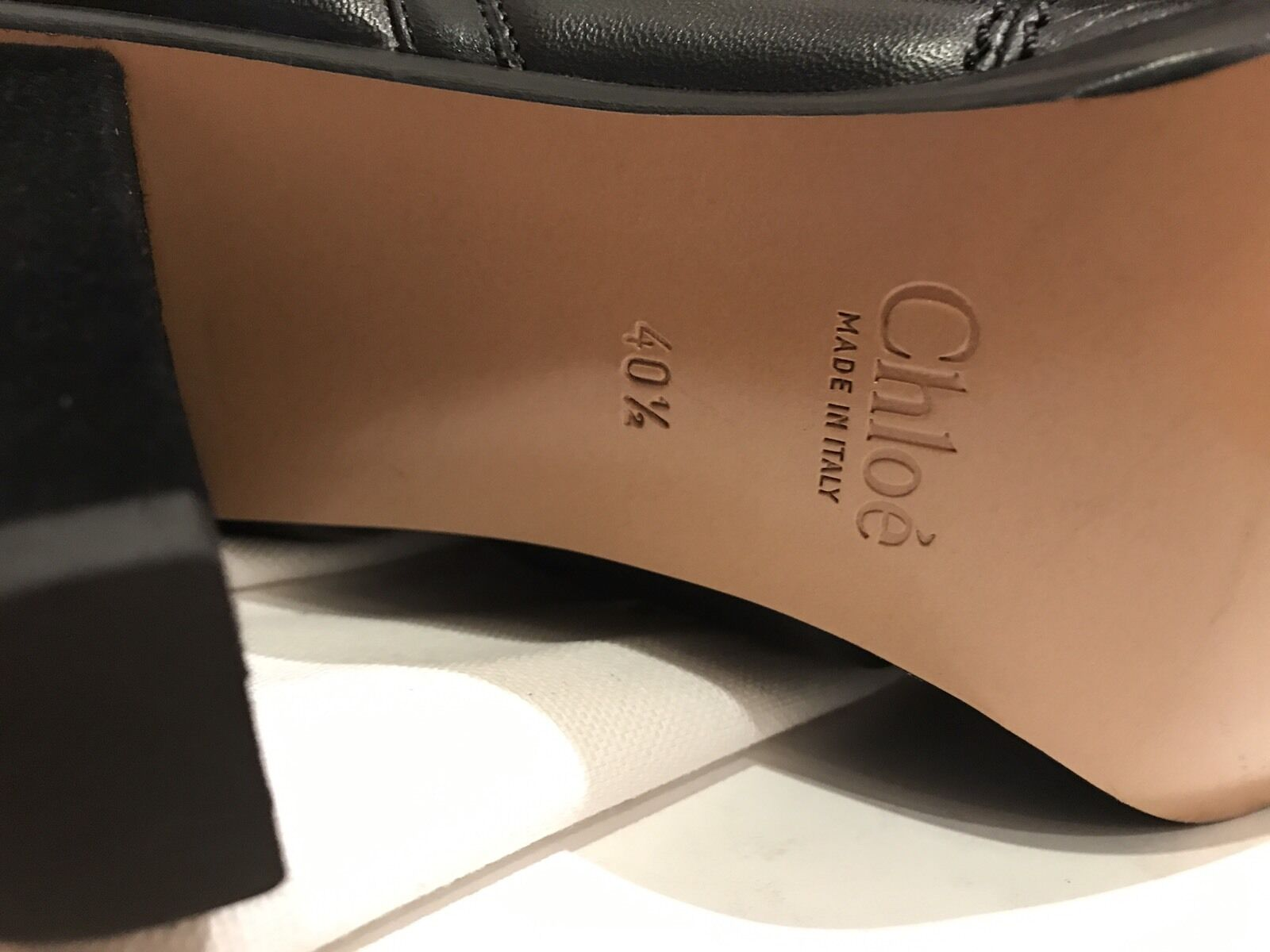 Chloe Acolchado Devon Cuero Negro Botas al Tobillo. BNWB. tamaño EU40.5. agotado!!!