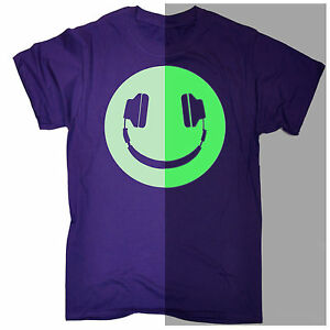 Funny-Men-039-s-T-shirt-Glow-in-The-Dark-Headphone-Smiling-Music-Rave-Dj-Birthday