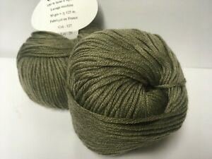 fabriqué en France 5 pelotes 100 /% mérinos  gris tweed toucher cachemire