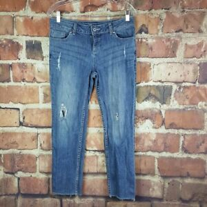 Simply-Vera-Vera-Wang-Cropped-Capri-Jeans-Size-8-Straight-Distressed