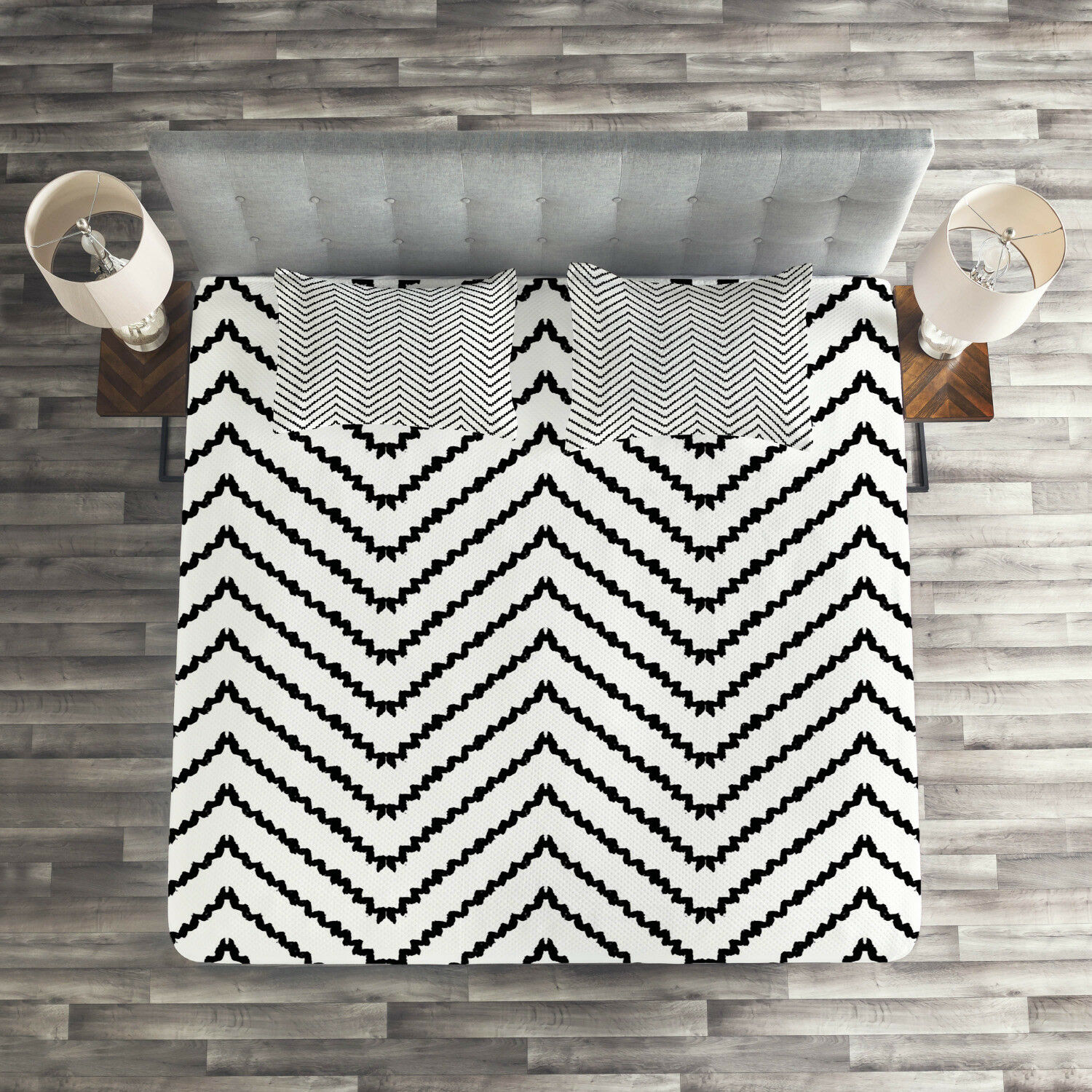 Modern Quilted Coverlet & Pillow Shams Set, Zig Zag Triangle Print Print