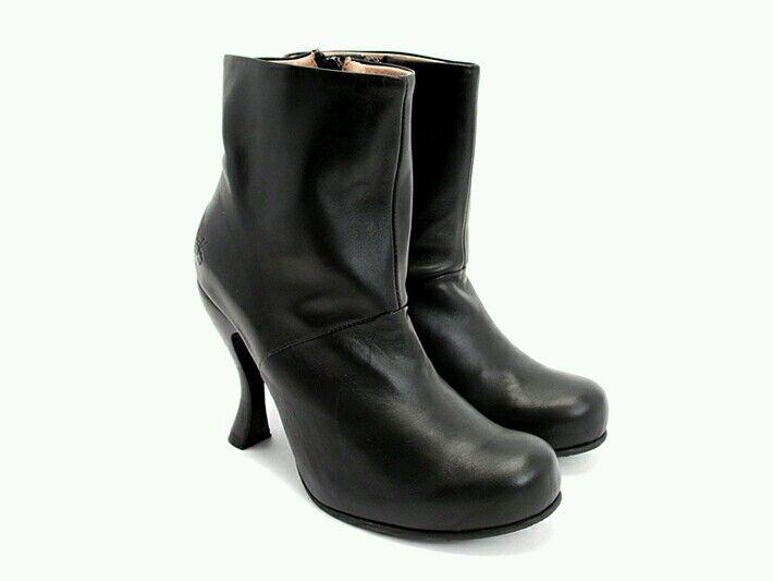 309 John Fluevog atención    Jolie De Cuero Negro botas al tobillo con cremallera 10 9.5  presentando toda la última moda de la calle