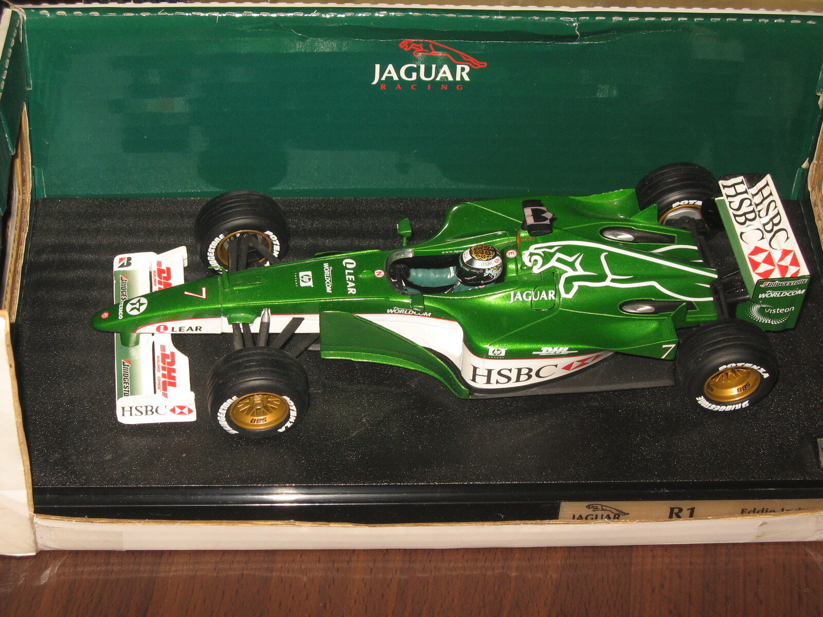 Ultra rare 1 18 Hot Wheels Jaguar Racing R1 Season 2000 Eddie Irvine..NEW