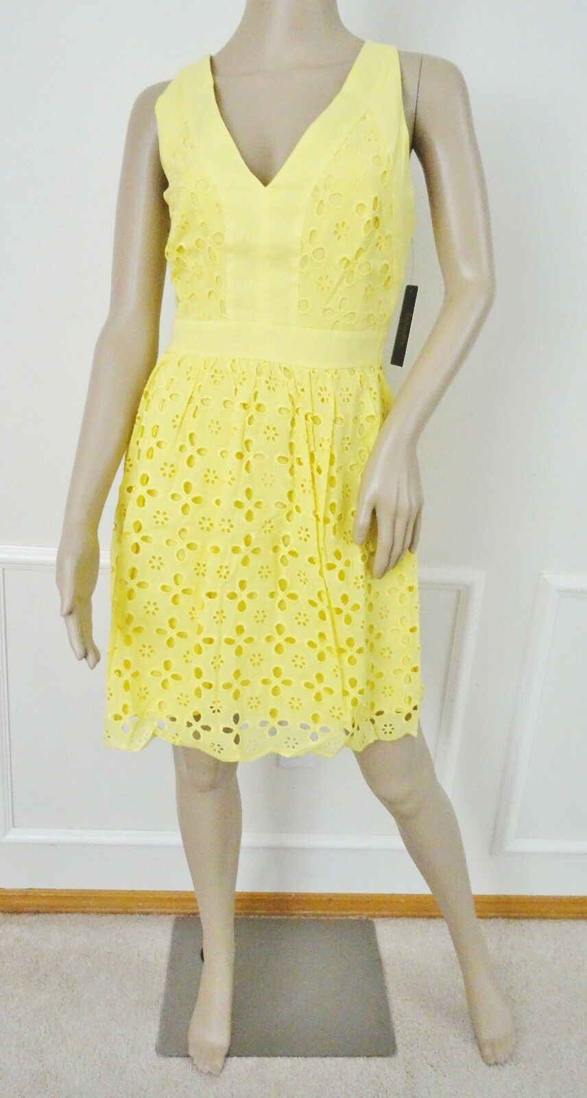 Nwt Laundry by Shelli  Segal Cotton Eyelet Fit Flare Pleated Dress Sz 8 Yellow