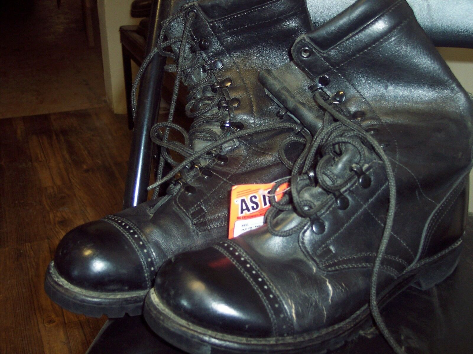 ARMY JUMP BOOTS BY CORCHAN   SIZE 8.5D HURRY DON'T HAVE MANY LEFT