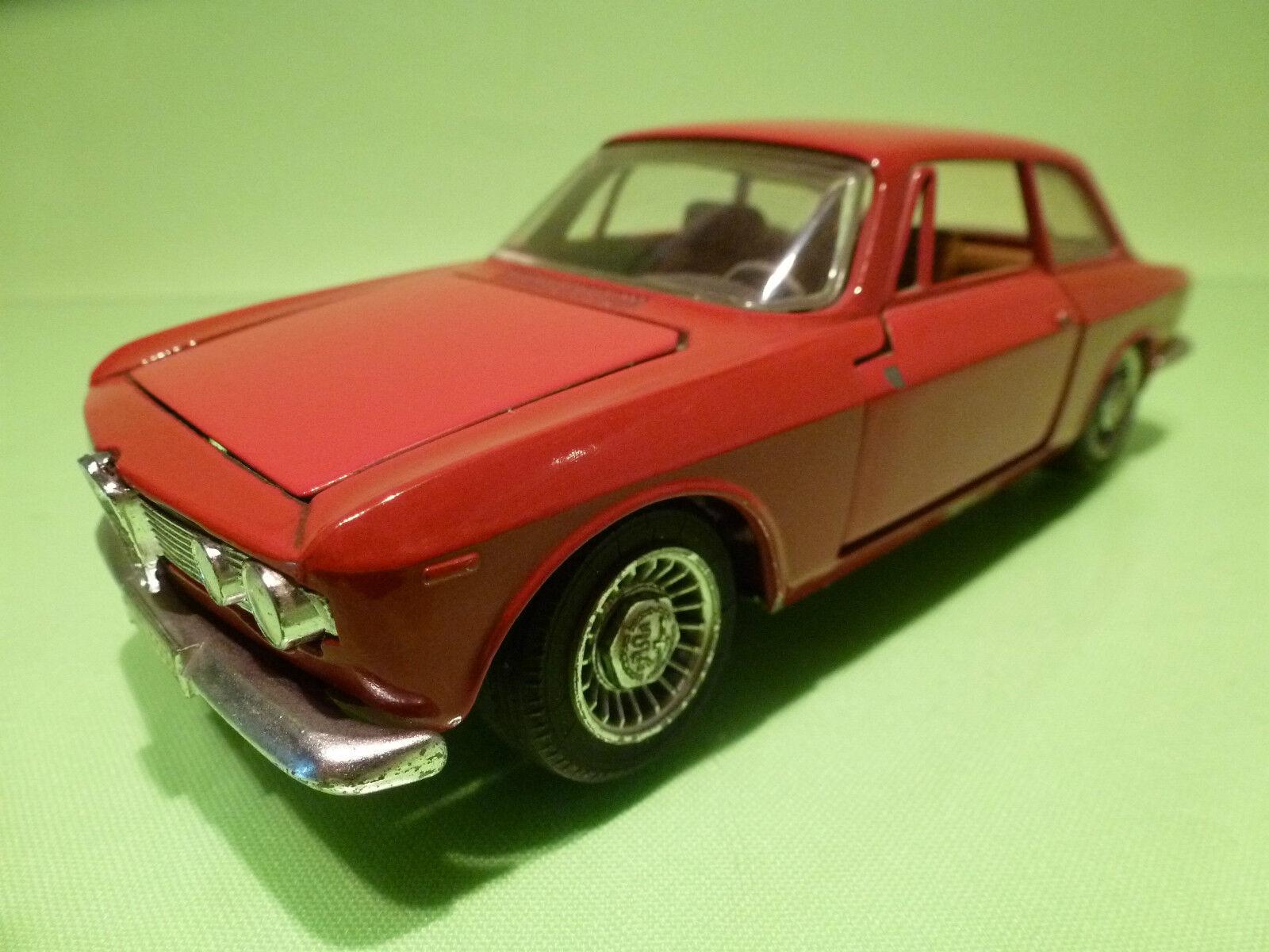 TOGI  1 23  ALFA ROMEO GIULIA GT  1750  -  ITALY 8 65   - FIRST EDITION.