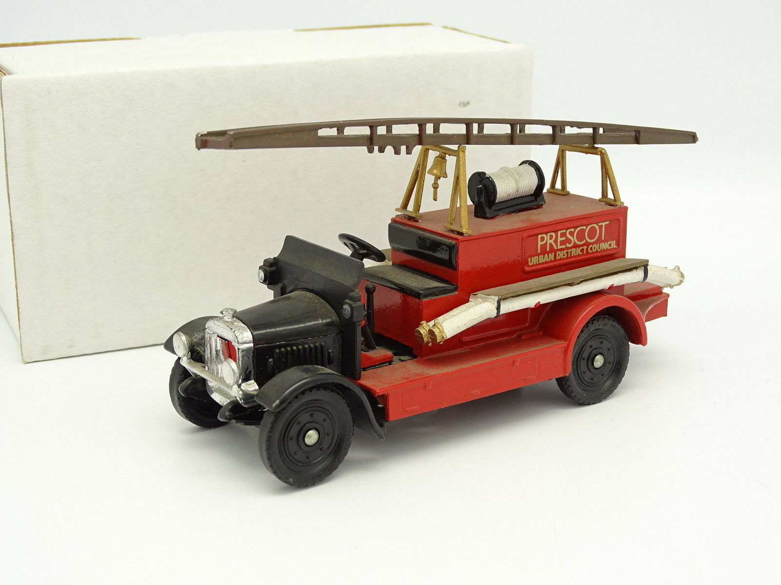 Kit Montato Base Corgi 1 43 - Camion Pompieri Fire Engine Prescot