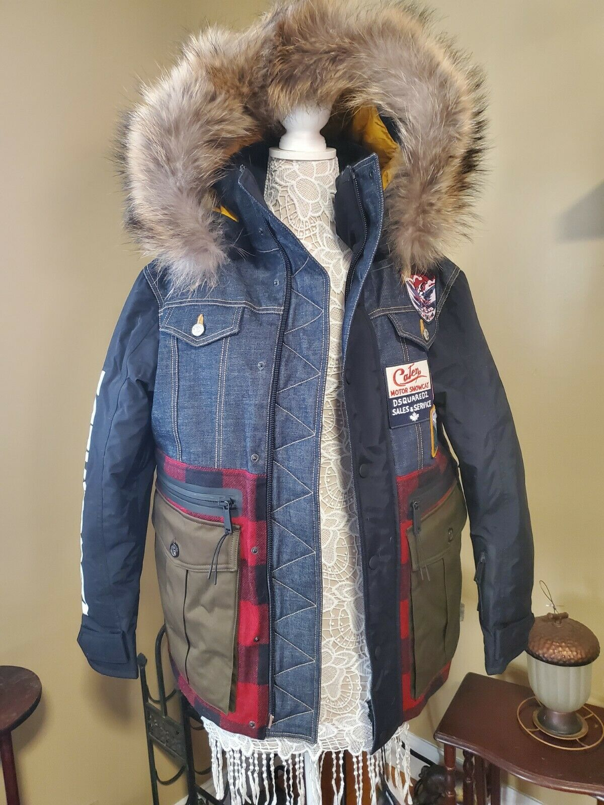 dsquared2 logo patch ski coat bnwt size 44 mens (size 46-48 womens)