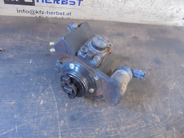 bomba de combustible injetion Opel Astra H 55206489 1.3CDTi 66kW Z13DTH 135887