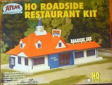"""Atlas HO #760 Roadside Restaurant Plastic Kit -- 5-5/8 x 8-3/4"""" 14.3 x 21.9cm"""