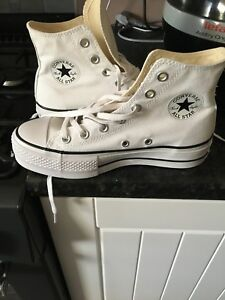 ac5996616be7 Image is loading ladies-white-converse-size-4
