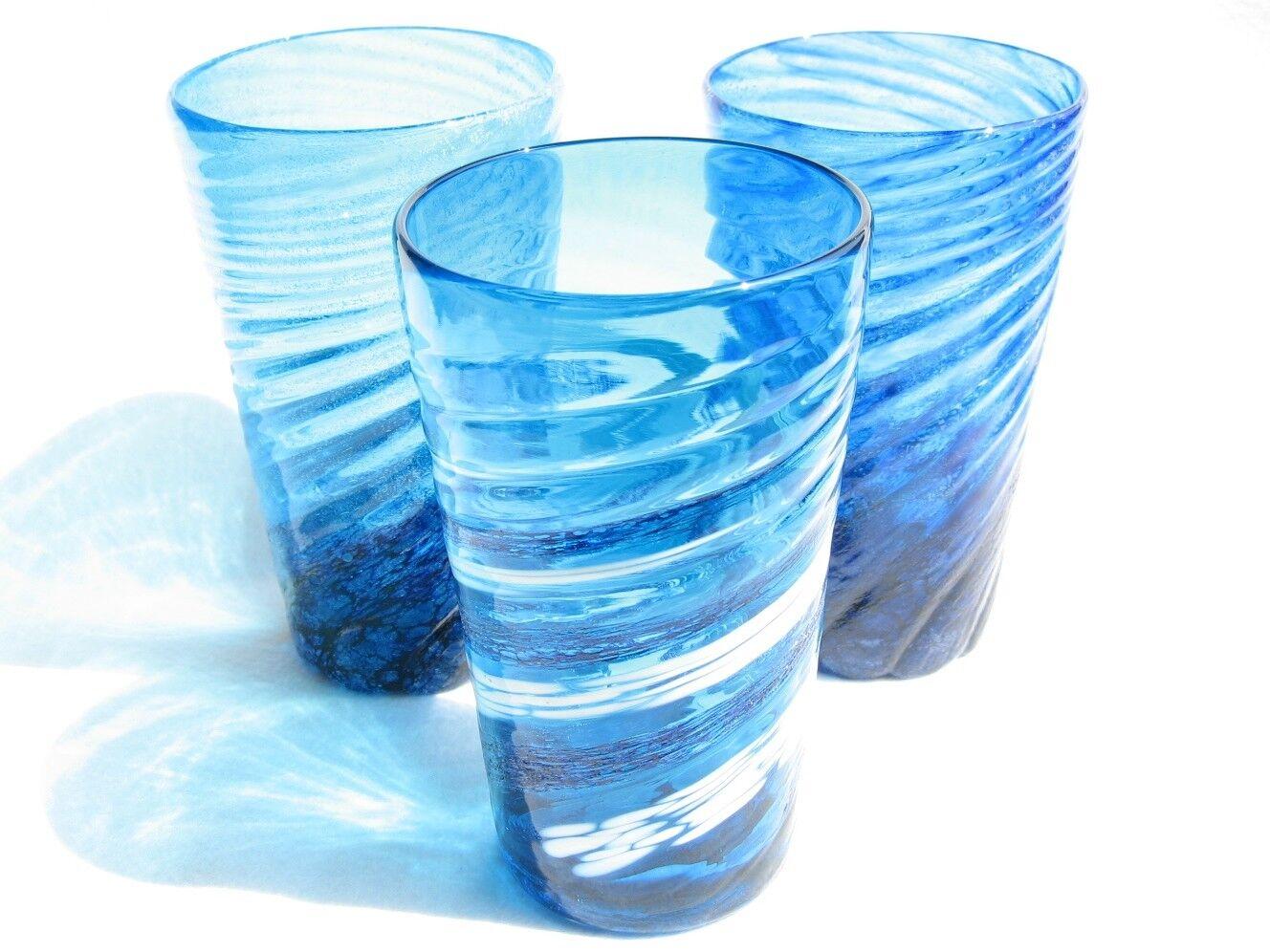 Set of 3 Cobalt Glass Tumblers  Deep Blau, Water Blau, Swirling Weiß Bubbles