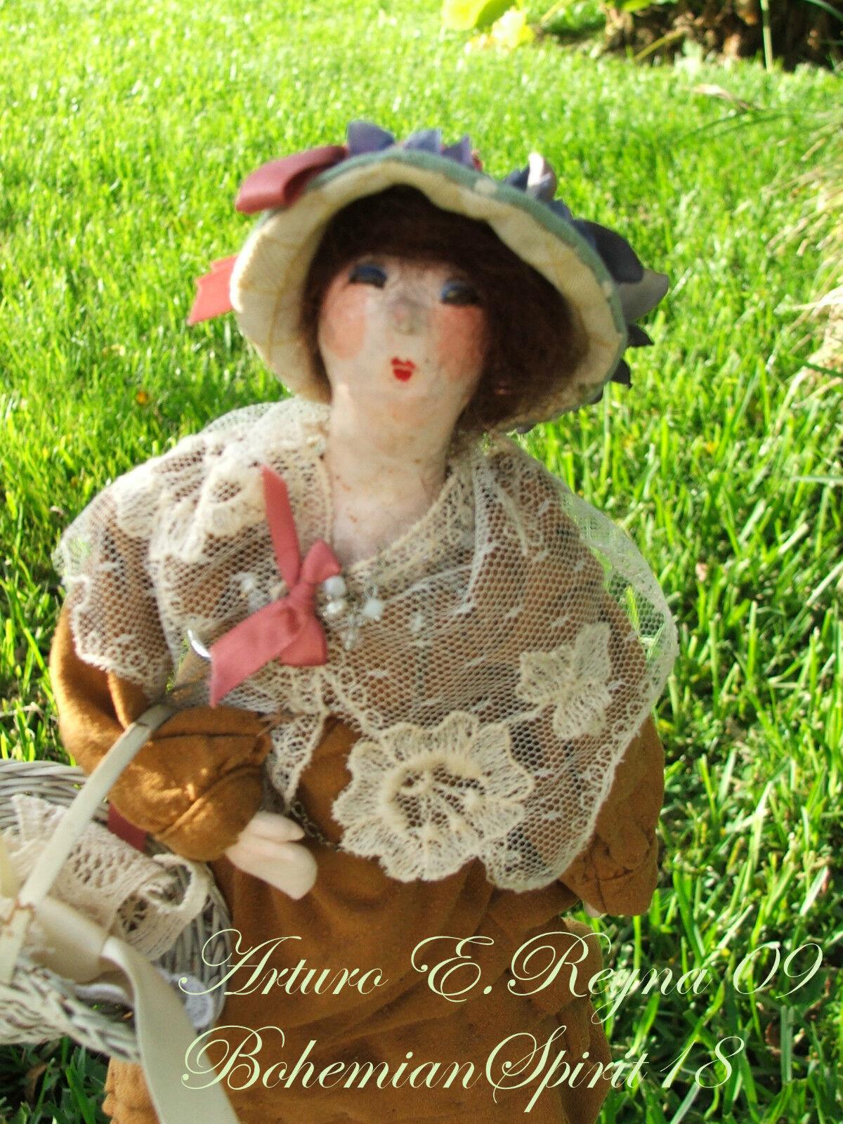 Victorian  Style Maiden&Floral Hat Artisan Crafted bambola  garantito