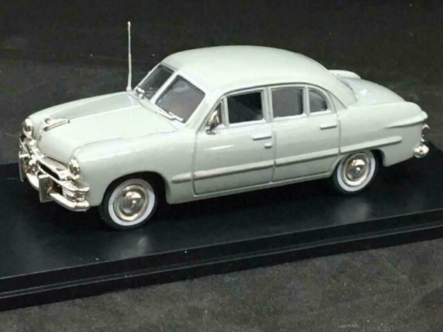 American Heritage 1//43 1937 Studebaker Hearse RED Great For O Scale Trains