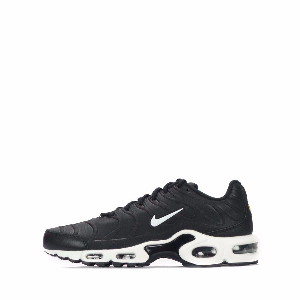 Nike Air Max Plus VT TN1 Tuned Homme Chaussures en Noir/Blanc- Chaussures de sport pour hommes et femmes