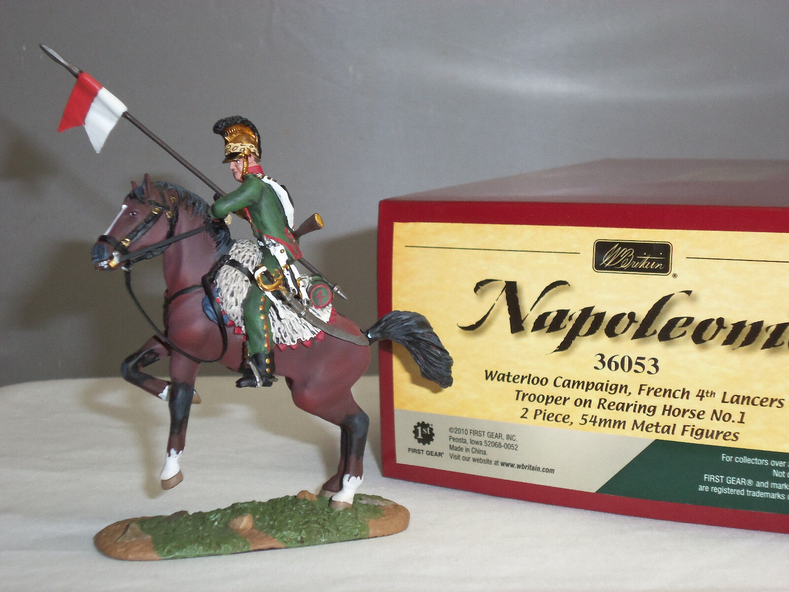 BRITAINS 36053 FRENCH 4TH LANCERS TROOPER MOUNTED ON REARING HORSE TOY SOLDIER