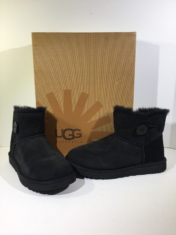 outlet UGG Australia Bailey Button Mini Women s Size 8 Black Ankle Boots  Z7-211 87d7d28d3f9