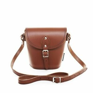 Zatchels-Leather-Barrel-Bag-In-Chestnut-Brown