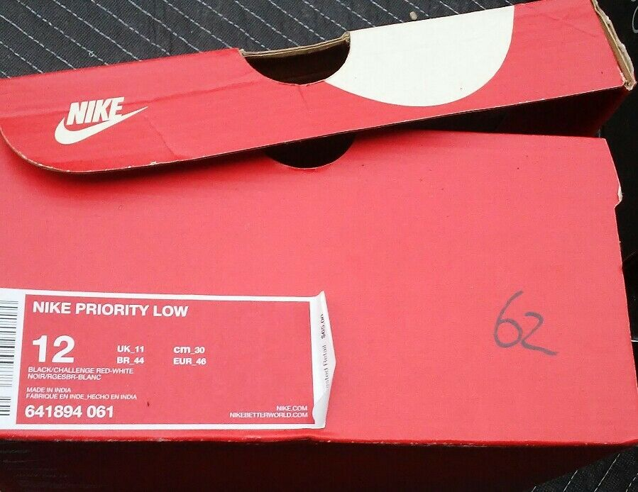 Men's Nike Priority Low Casual shoes, 641894 061 Size 11 Black Challenge Red NEW