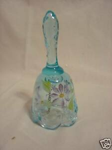 FENTON-Bell-Light-BLUE-Handpainted-White-Purple-Flowers-Bow-Drape-BRAND-NEW