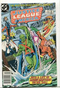 Justice-League-Of-America-228-NM-Martian-Manhunter-Is-Back-DC-Comics-CBX3