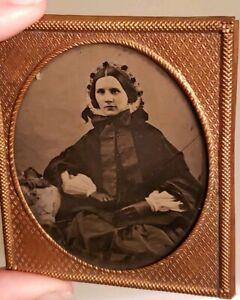 Antique-Victorian-Daguerreotype-Civil-War-Era-Pretty-Woman-Portrait-Photograph