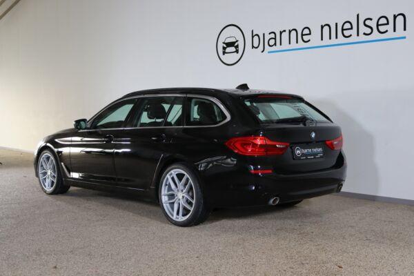 BMW 520d 2,0 Touring aut. billede 2