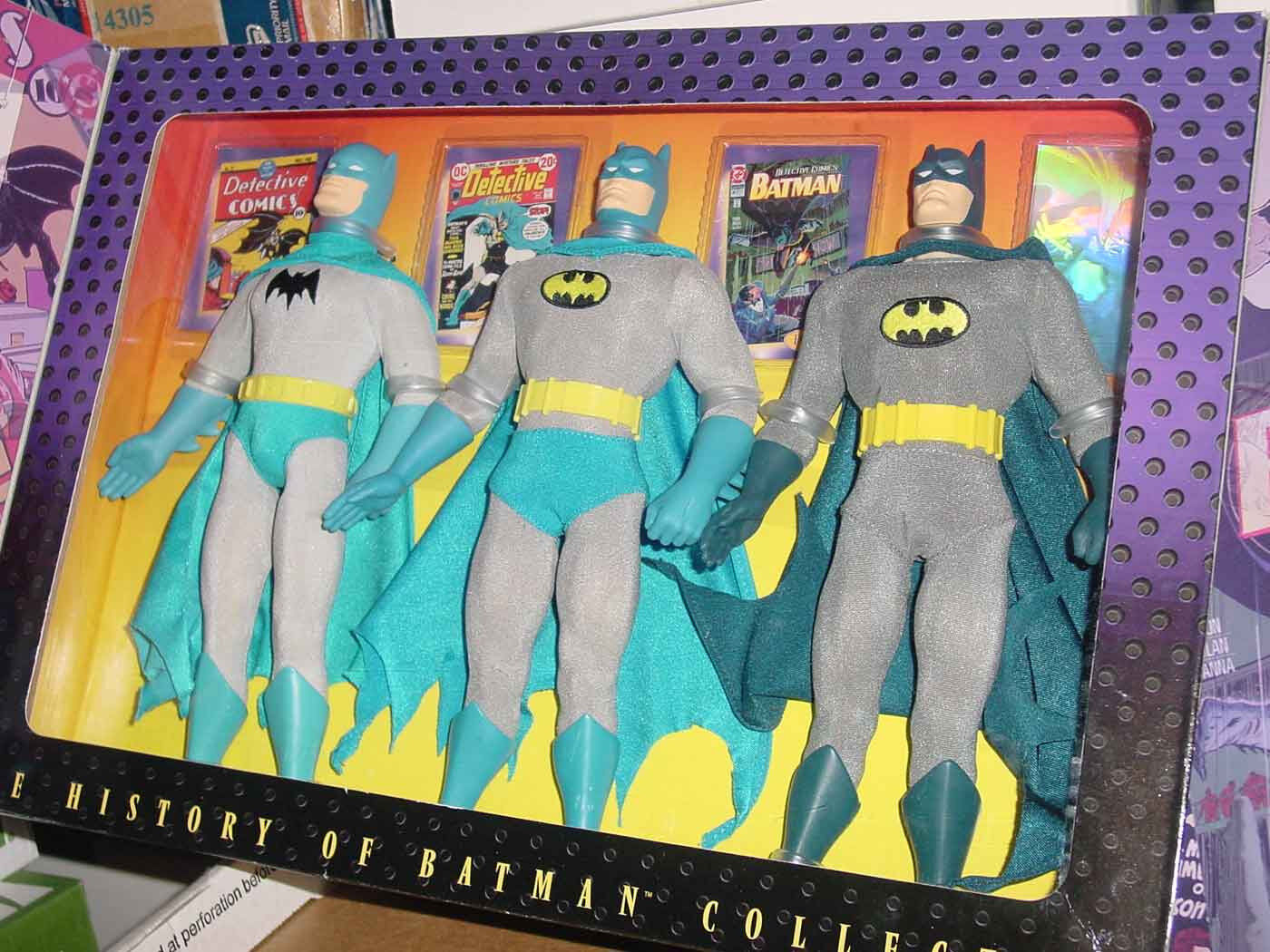 HISTORY OF BATMAN COLLECTION COLLECTION COLLECTION 3 x 12   1940s 1970s 1990s ERROR FAO SCHWARTZ 0a3c68