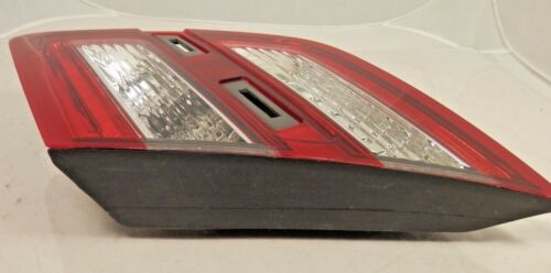 New OEM Tail Lamp Assembly Passenger 2013-16 Ford Taurus Lid Mounted DG1Z13404L