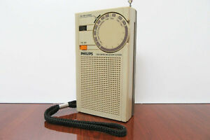 Vintage-Philips-D-1000-Two-Band-Receiver-Transitor-Radio