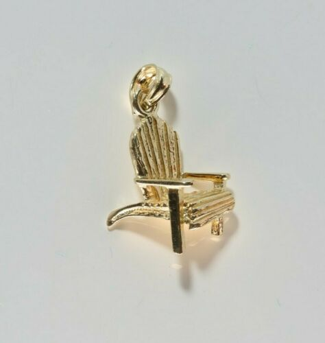 14K Yellow Gold Beach Chair Pendant