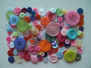 Mixed-buttons-mixed-colours-choice-of-weights