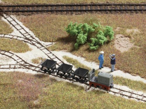 Auhagen 21714 Railway Workers Modelling Kit