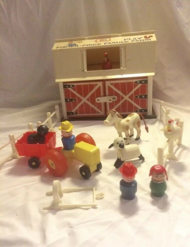 Vintage Little Little Little People Play Family Farm Barn 915 with most accessories  ba465c