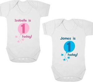 DéVoué Personnalisé 1st Anniversaire New Baby Body/croissance/gilet, Cadeau D'anniversaire/cadeau-vest, Birthday Present/gift Fr-fr Afficher Le Titre D'origine