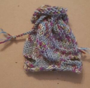 Sweet-Knitted-Hat-With-Ear-Holes-And-Roll-Edge-For-Approx-5-7-8-7-1-8in-Bears