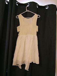 KEEPSAKE-THE-LABEL-Womens-XS-White-Dress-Cream-Gold-XS-8-10-Cute-Summer-Party