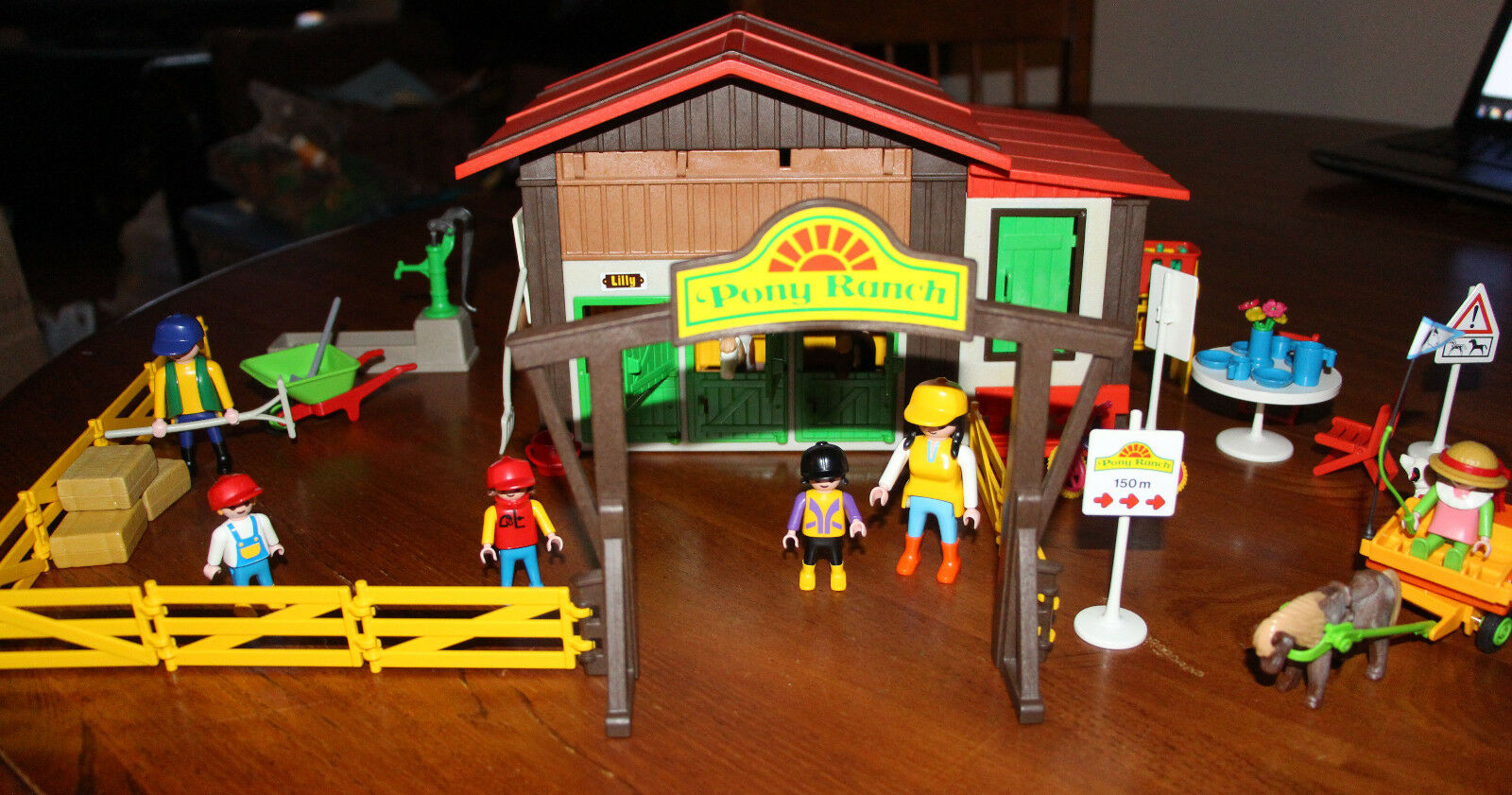 VTG Playmobil Pony Ranch 3775 and Pony Auto 3118  (TWO SETS)