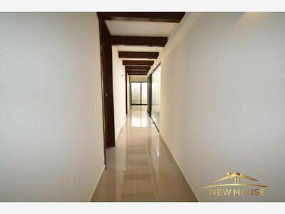 casa con acabados de lujo de una sola planta con 3 habitaciones