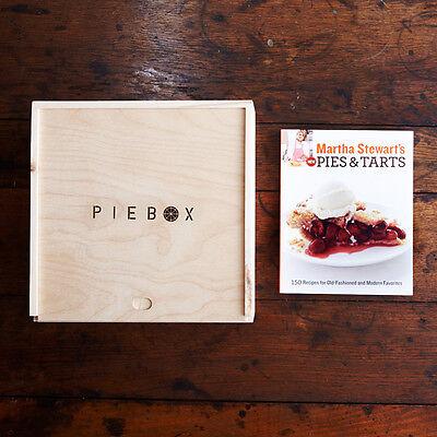 PieBox: Wooden Pie Carrier & Martha Stewart's Pies & Tarts Book