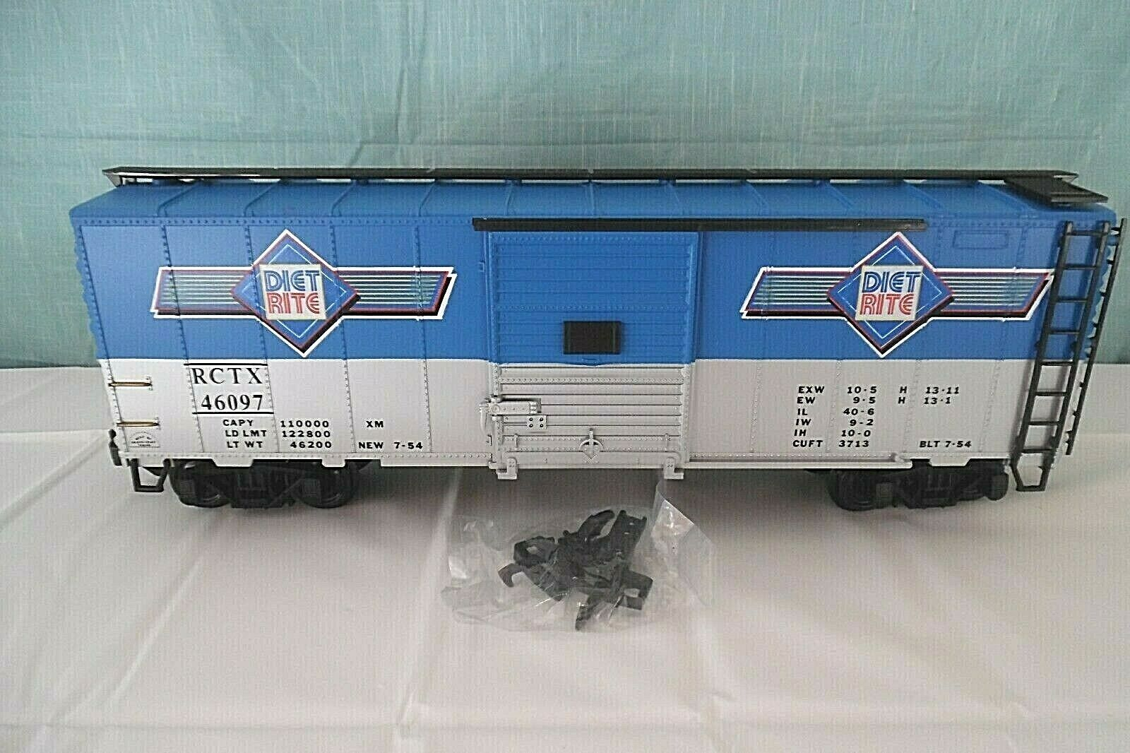 AristoCraft STEEL BOXCAR RC COLA, Diet Rite G-Scale