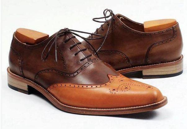 Handmade uomo Two tone wing tip brogue formal shoes, uomo designer dress shoes Scarpe classiche da uomo