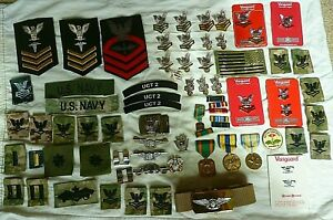 Huge-Lot-US-NAVY-Military-Patches-Pins-Medals-BUCKLES-SEABEE-OFFICER-ENLISTED