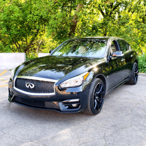 2015 Infiniti Q70 Fully Loaded Sport Package