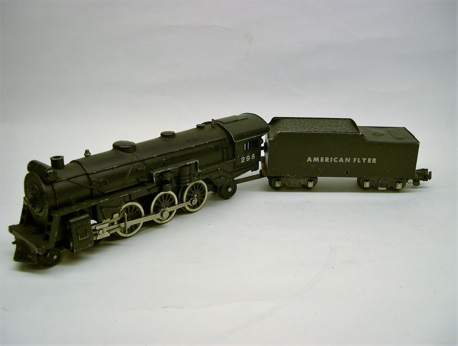 295 American Flyer Cast Pacific Locomotive & Tender [Lot 3-L27]